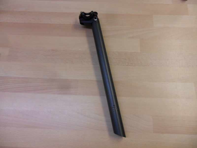 ZENITH Carbon seatpost click to zoom image