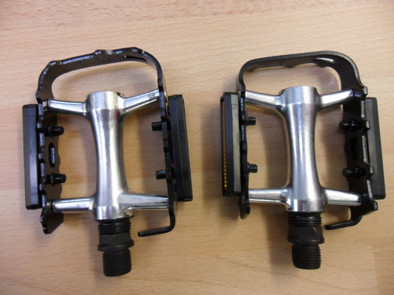 WELLGO M-21 alloy touring pedal click to zoom image